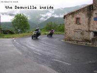 La traversée d un village de montagne